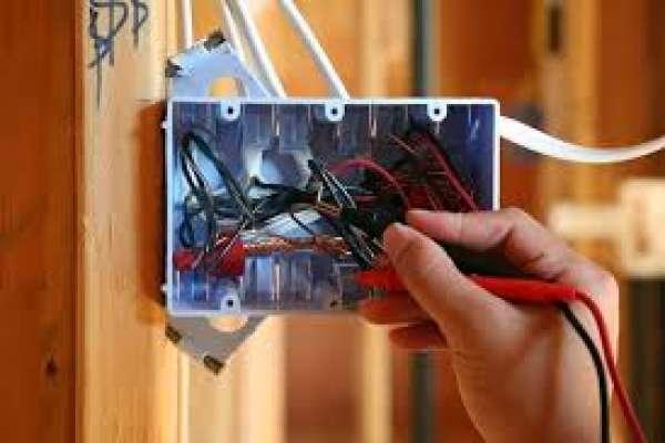 Thợ sửa chữa điện tại quận 12