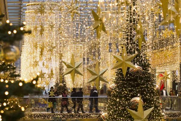 Hướng dẫn lắp đặt đèn trang trí Noel ngoài trời