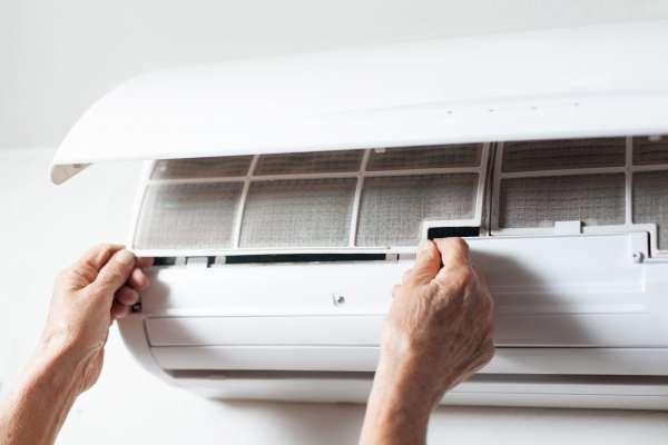 Thợ sửa máy lạnh tại quận 7